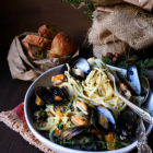 Garlic Butter Mussel Pasta