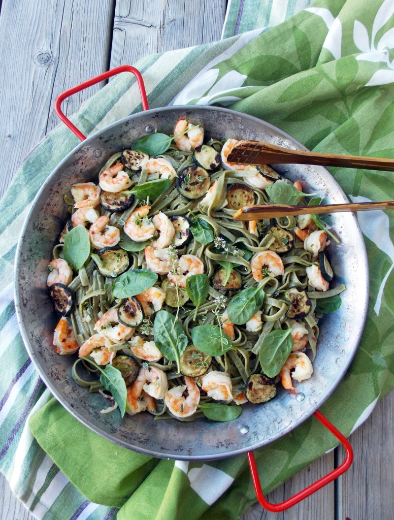 Shrimp Zucchini Spinach Pasta | Havocinthekitchen.com