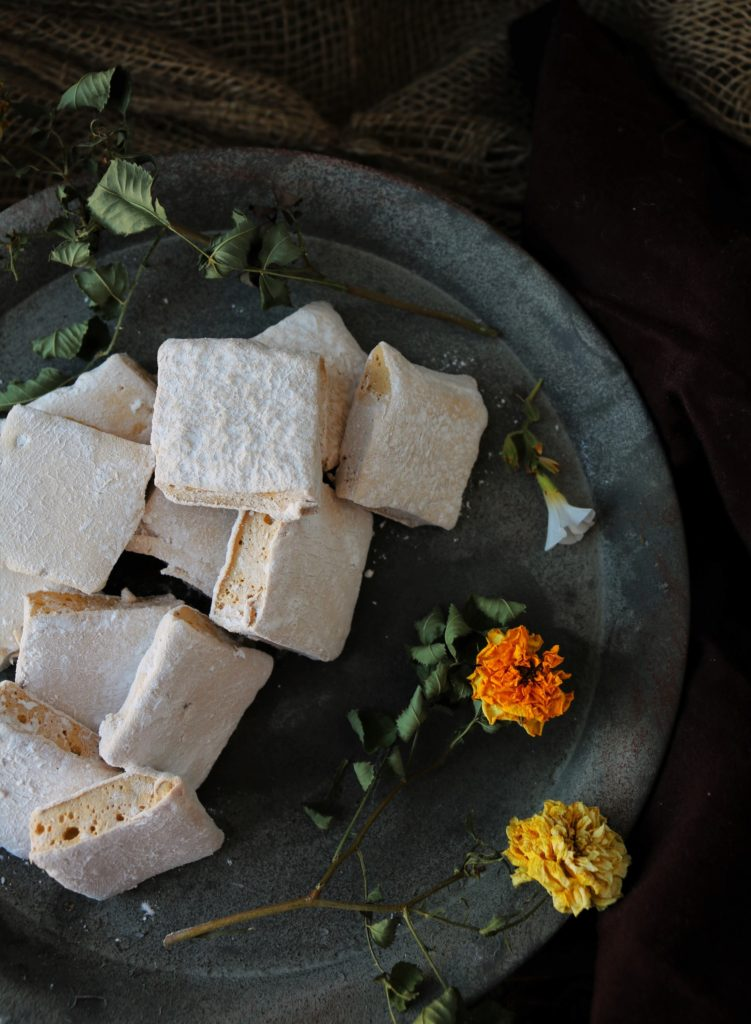 Coffee Hazelnut Cardamom Marshmallows|Havocinthekitchen.com