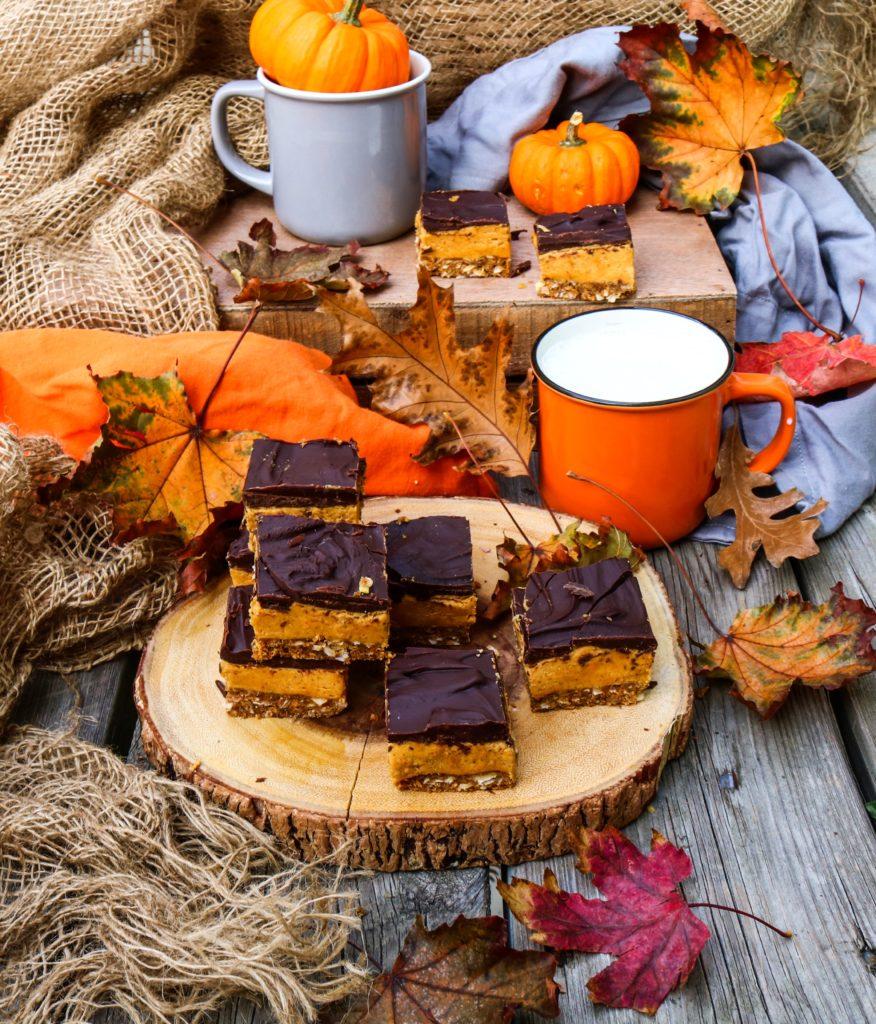 Spiced Pumpkin Nanaimo Bars|Havocinthekitchen.com
