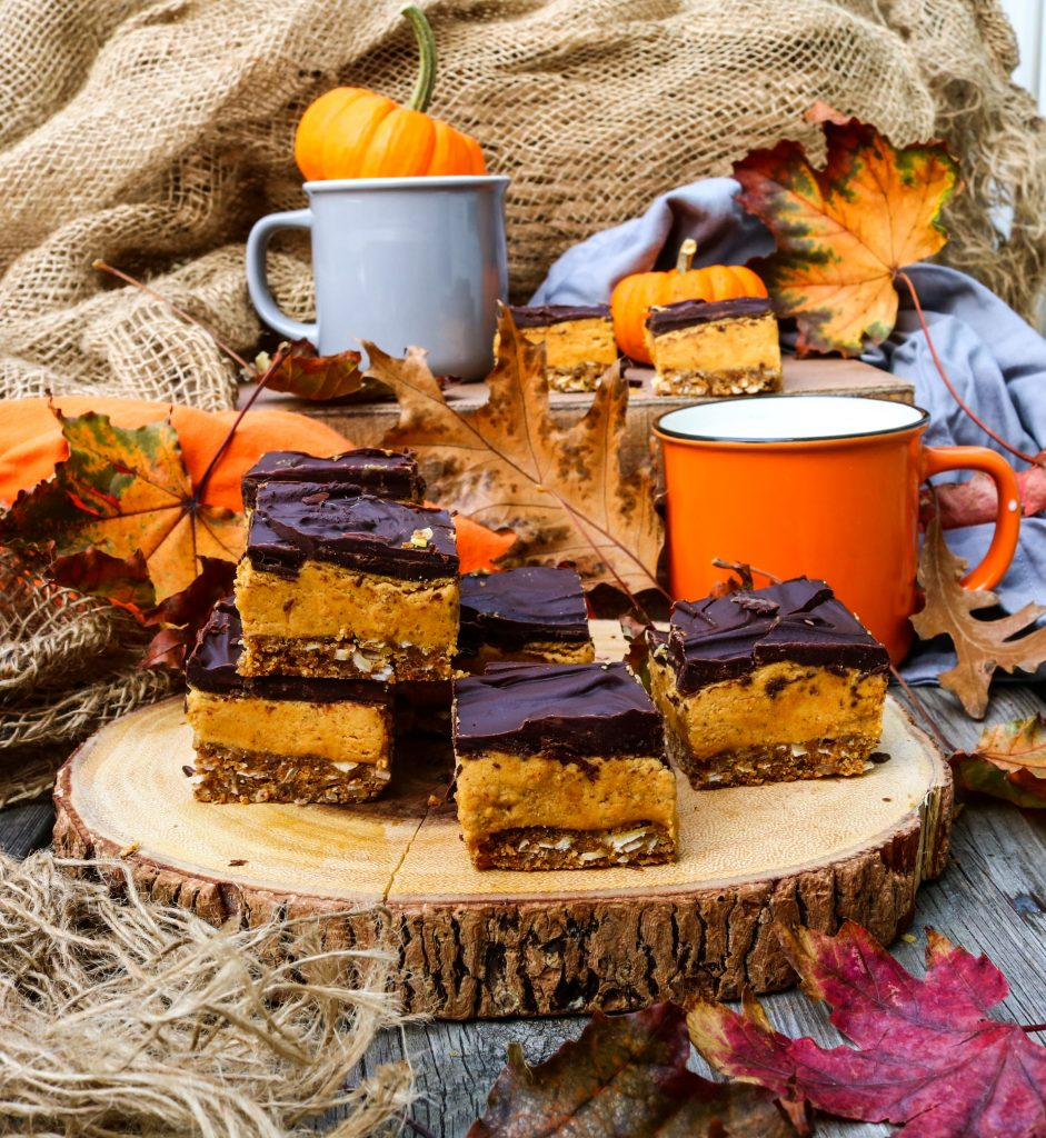 Spiced Pumpkin Nanaimo Bars|Havocinthekitchen.com