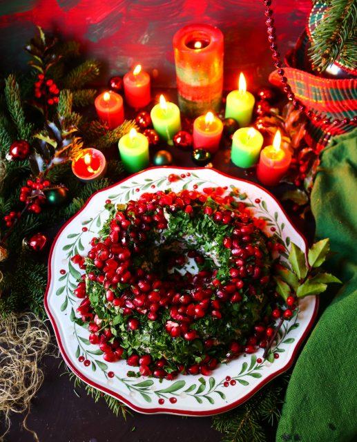 Christmas Wreath Cheeseball