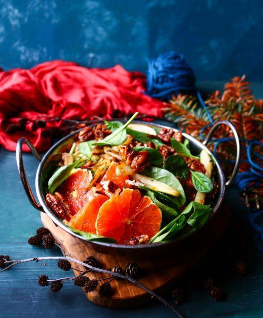 Orange Fennel Pecan Salad
