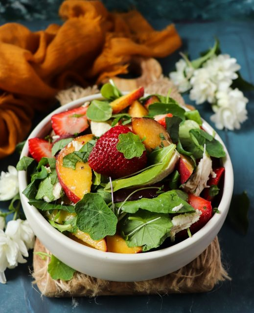 Peach Strawberry Salad